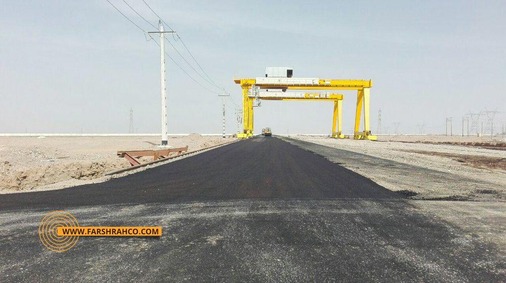 اجرای عملیات آسفالت مجتمع فولاد بافق